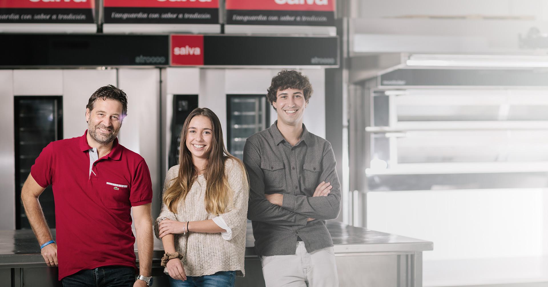 Estudiantes y recién lincenciados en SALVA